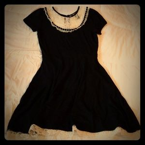 Hot Topic dress with lace